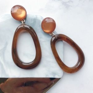 Jewelry - Chic Marble Oval Drop Earrings (Brown)